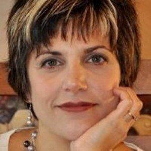 Rosanne Rust profile pic